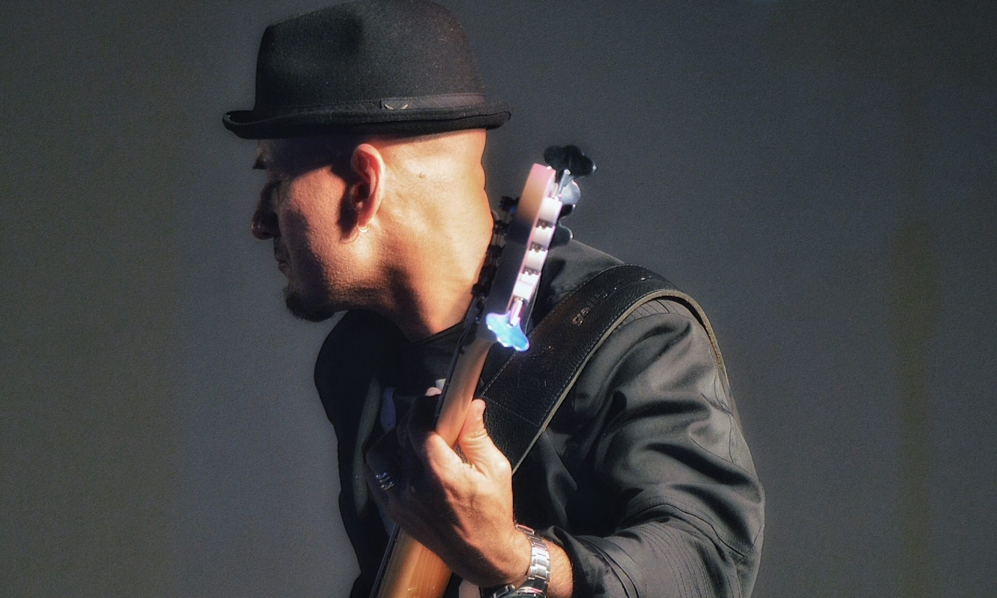 GIORGIO SANTISI BASS PLAYER